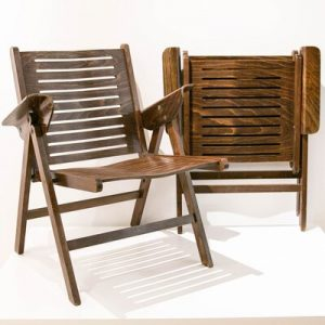 Stackable or foldable chairs